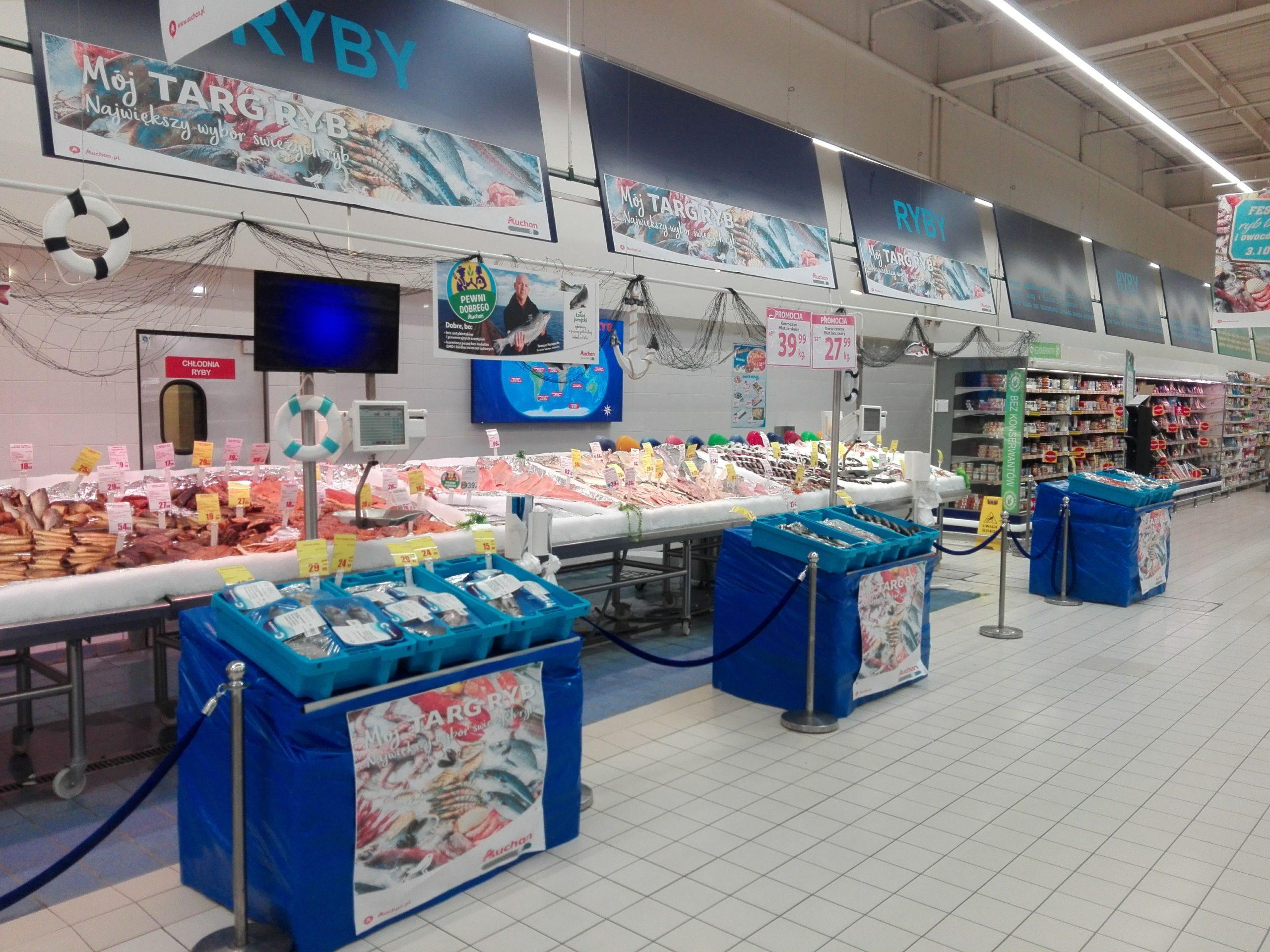 Auchan Retail Polska decyduje nie sprzedawać żywego karpia