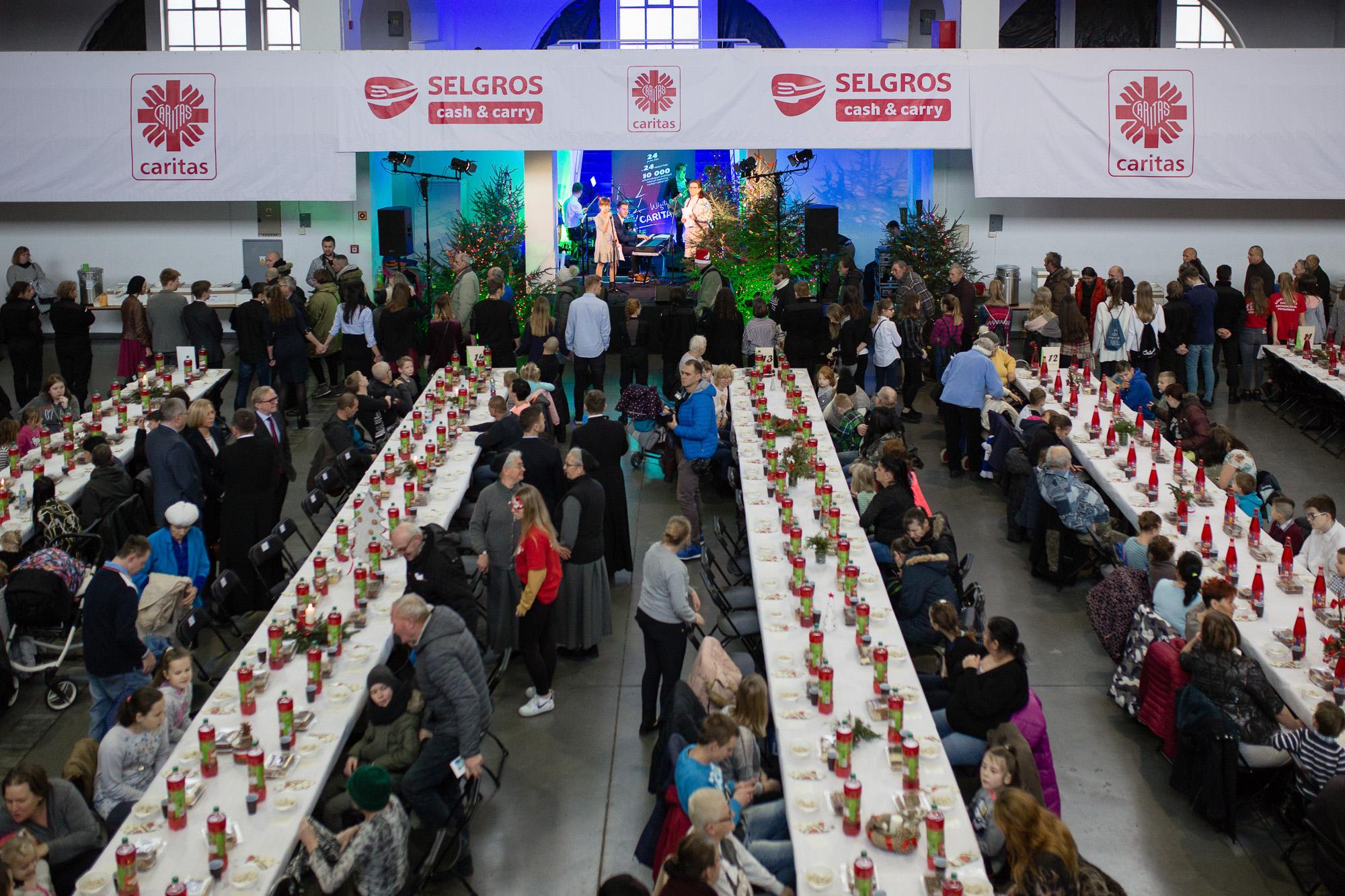 Selgros Cash&Carry już trzeci raz funduje Wigilię Caritas
