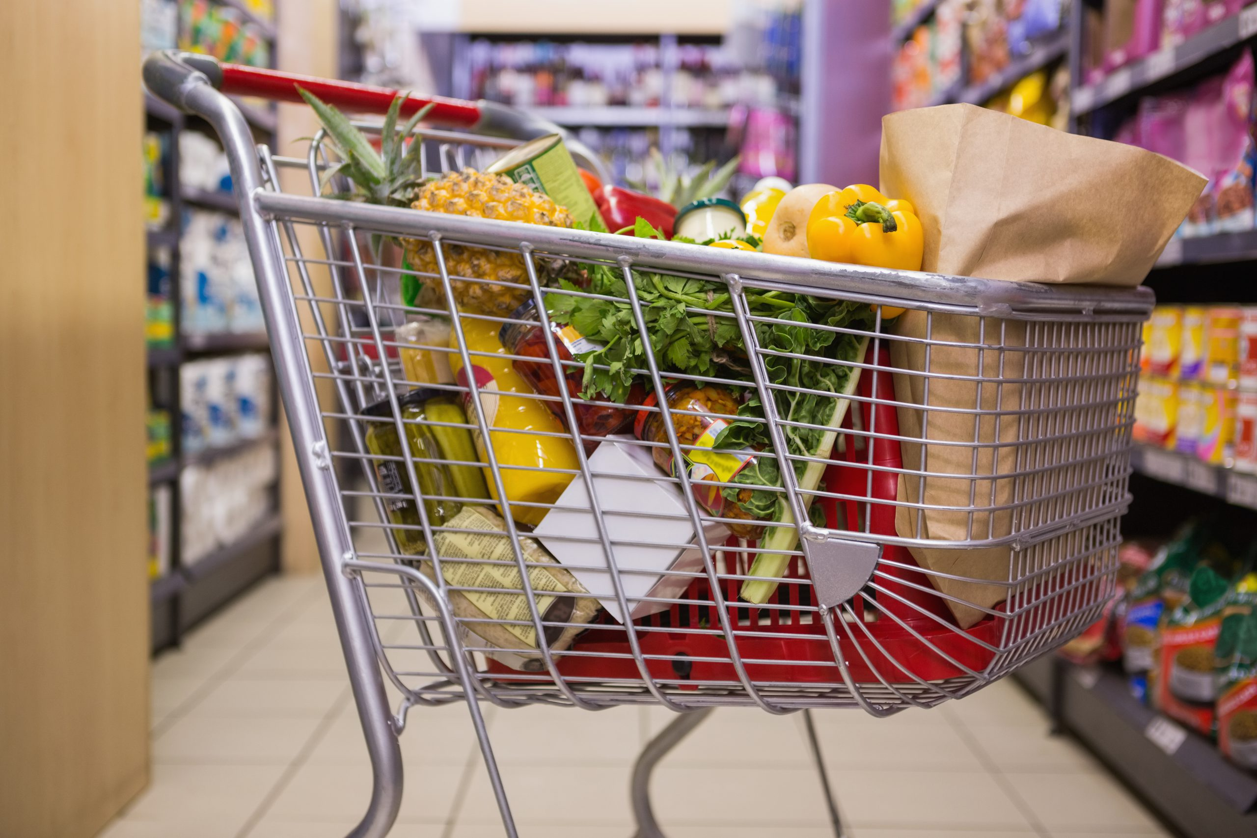 Prawie 70% świątecznego budżetu Polacy zostawią w sklepach stacjonarnych