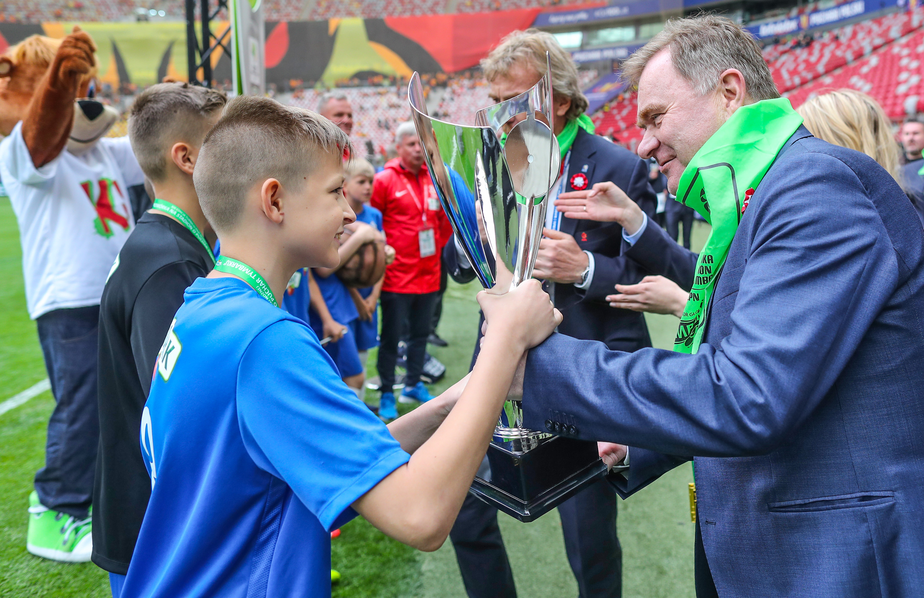 """Tymbark sponsorem Turnieju """"Z Podwórka na Stadion o Puchar Tymbarku"""" przez kolejne 4 lata"""