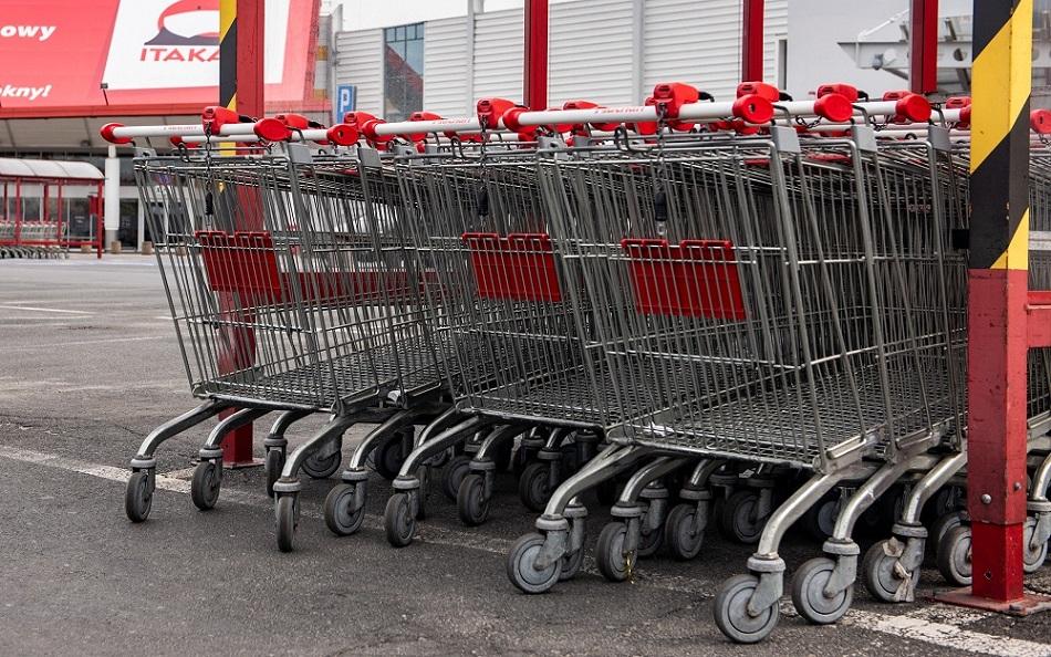 Ruch w sklepach nawet o połowę mniejszy niż tydzień wcześniej