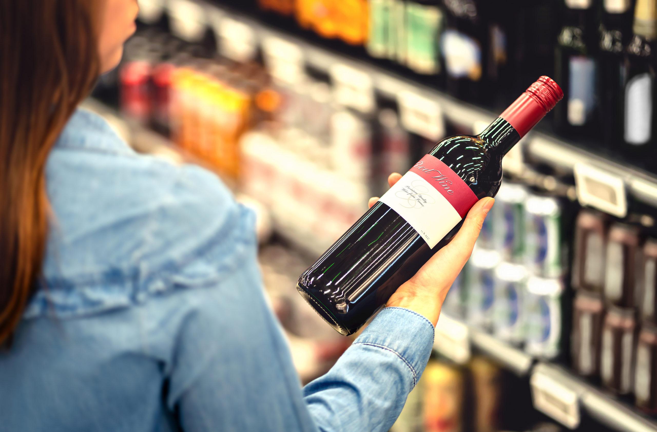 Sklepy ograniczyły liczbę promocji alkoholu