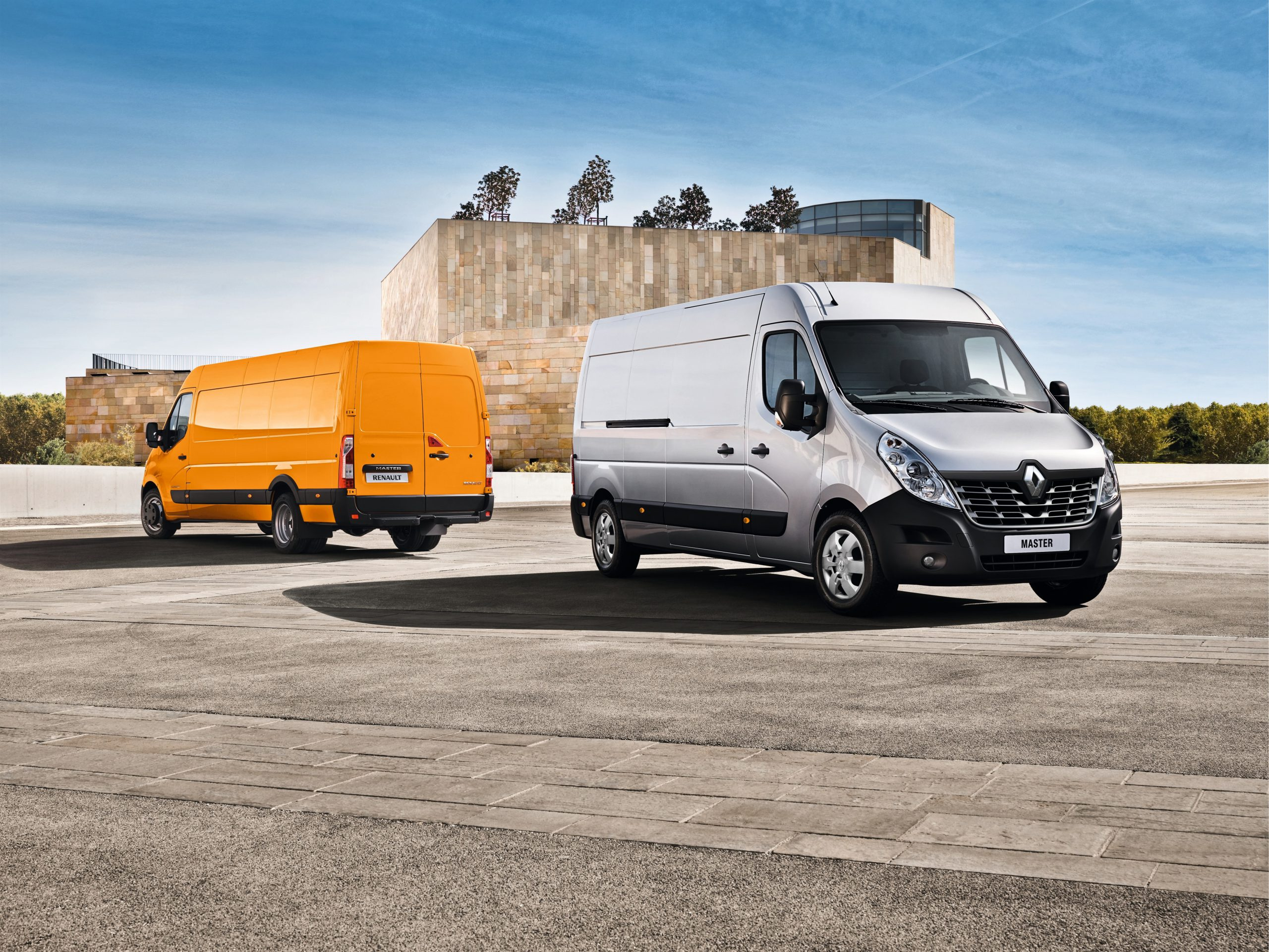 Renault Master liderem sprzedaży w październiku