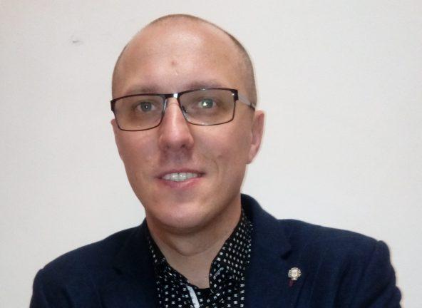 Łukasz Surażyński, Dyrektor ds. Handlowych, Staropolanka