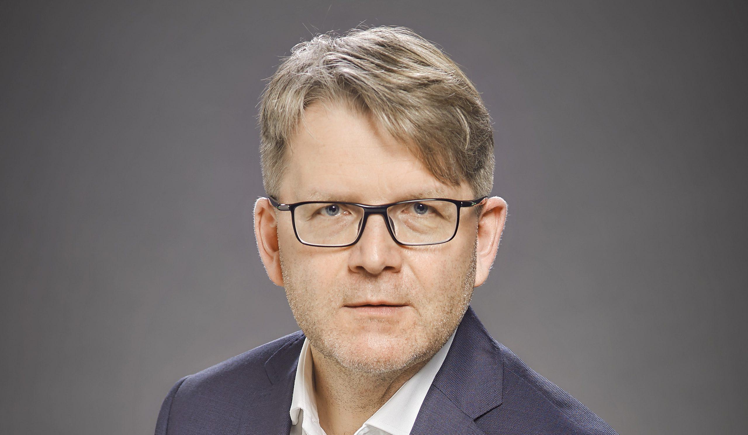 Andrzej Skowroński, Dyrektor Imperial Tobacco Polska