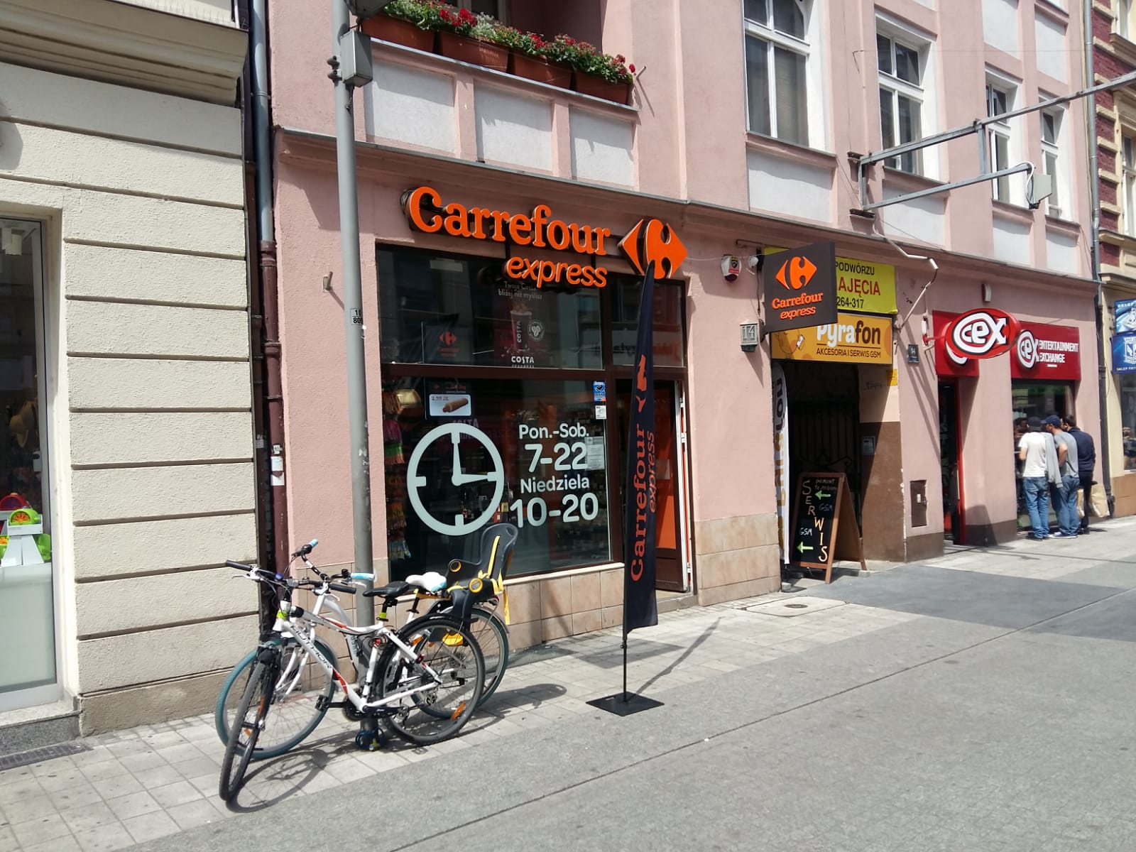 Carrefour inwestuje w rozwój franczyzy