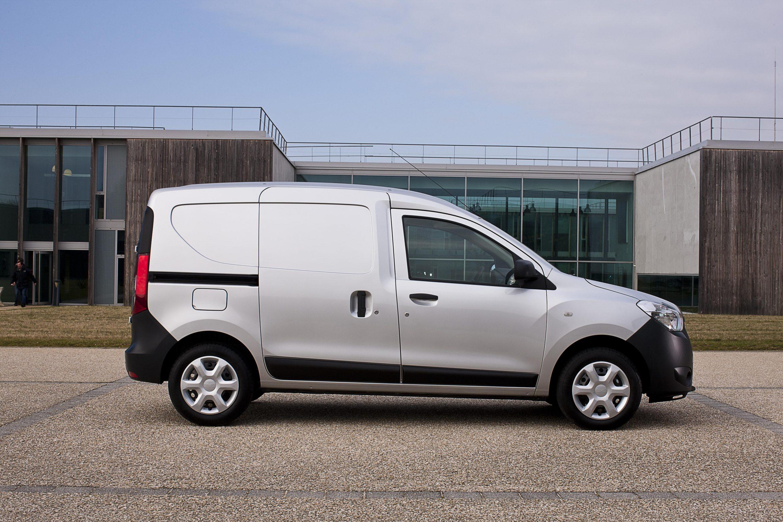 Renault Talisman i Trafic oraz Dacia Dokker Van z tytułami Aut Flotowych 2019