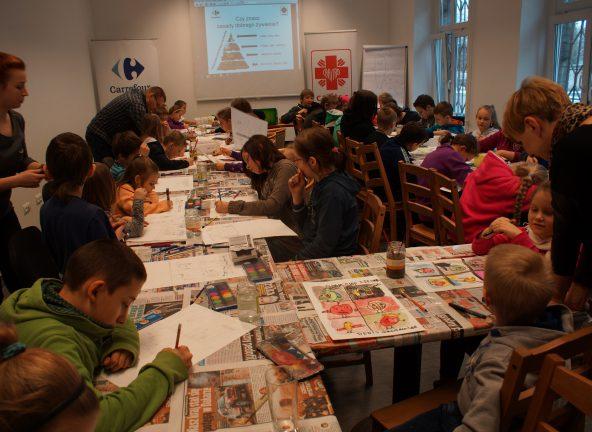 Caritas Polska i Carrefour wspólnie walczą z głodem wśród polskich dzieci