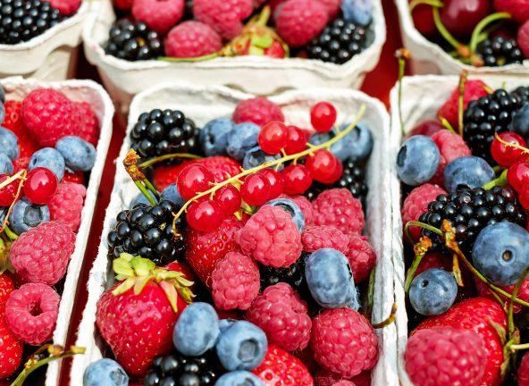 Ceny owoców będą powoli spadać