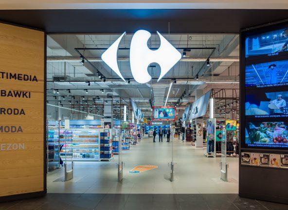 Carrefour zwalnia 400 pracowników