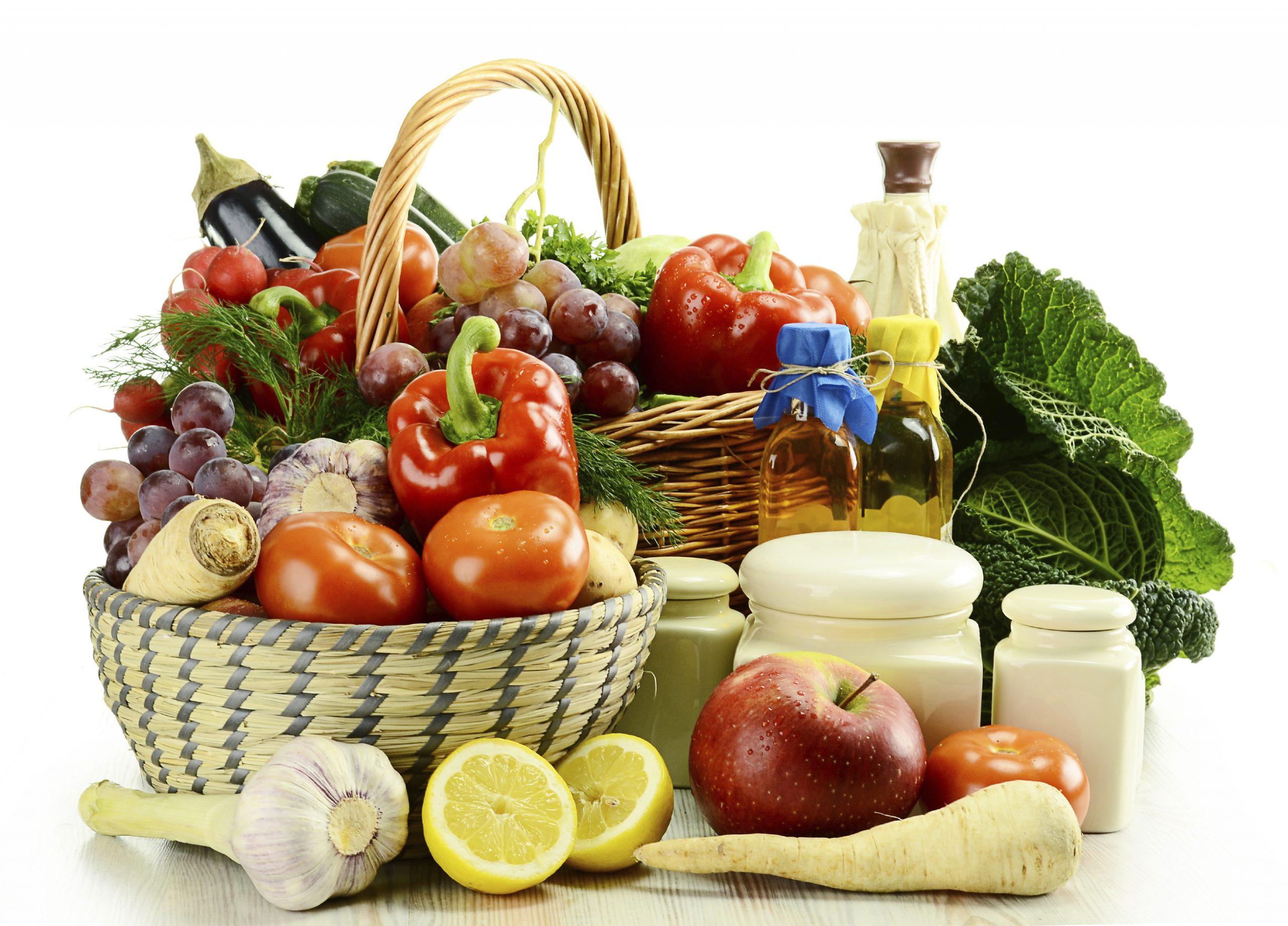 GUS: zbiory zbóż i warzyw na minusie, owoców na plusie