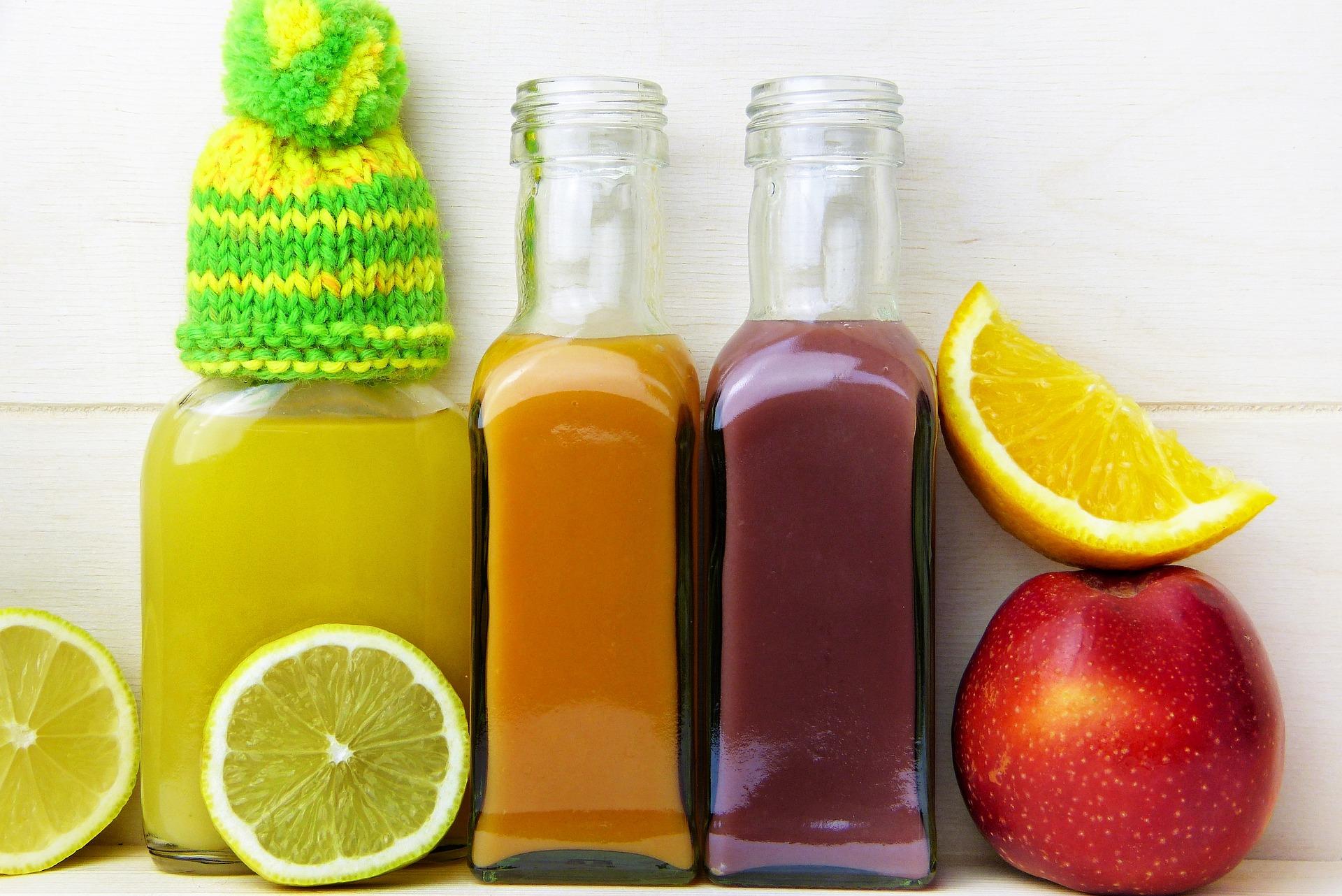 Sprzedaż soków, nektarów i napojów niegazowanych w sklepach małoformatowych