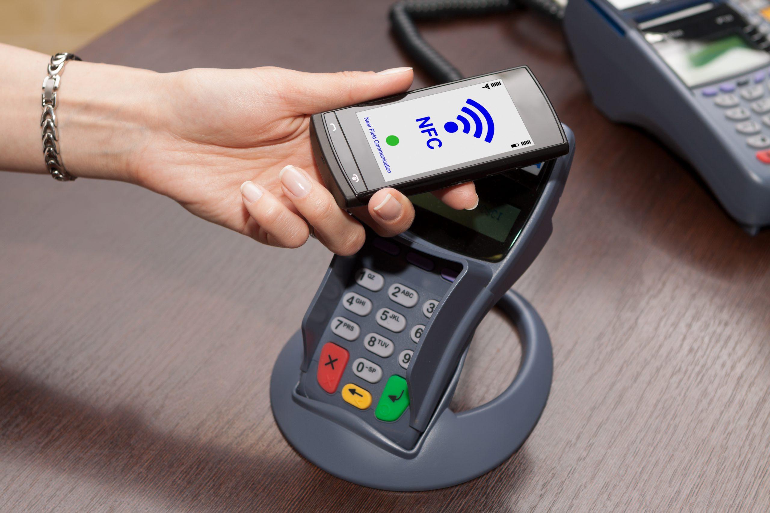 Płatności bezgotówkowe coraz popularniejsze