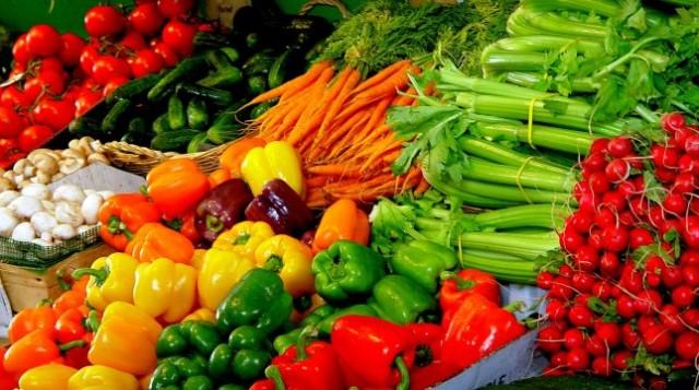 Lidl stawia na polskie owoce i warzywa