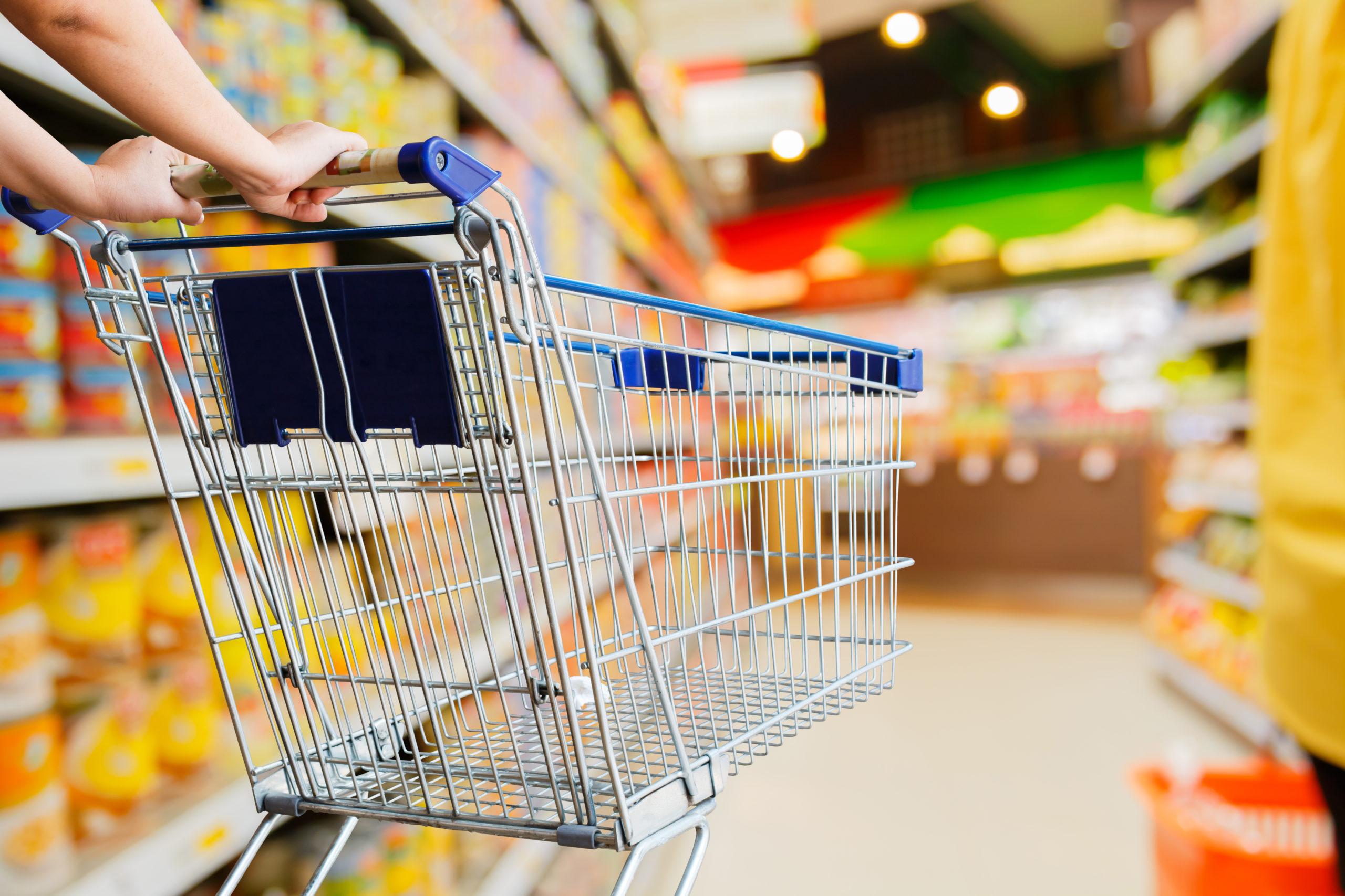Analiza GfK: niedzielny zakaz handlu klienci nadrabiają w soboty