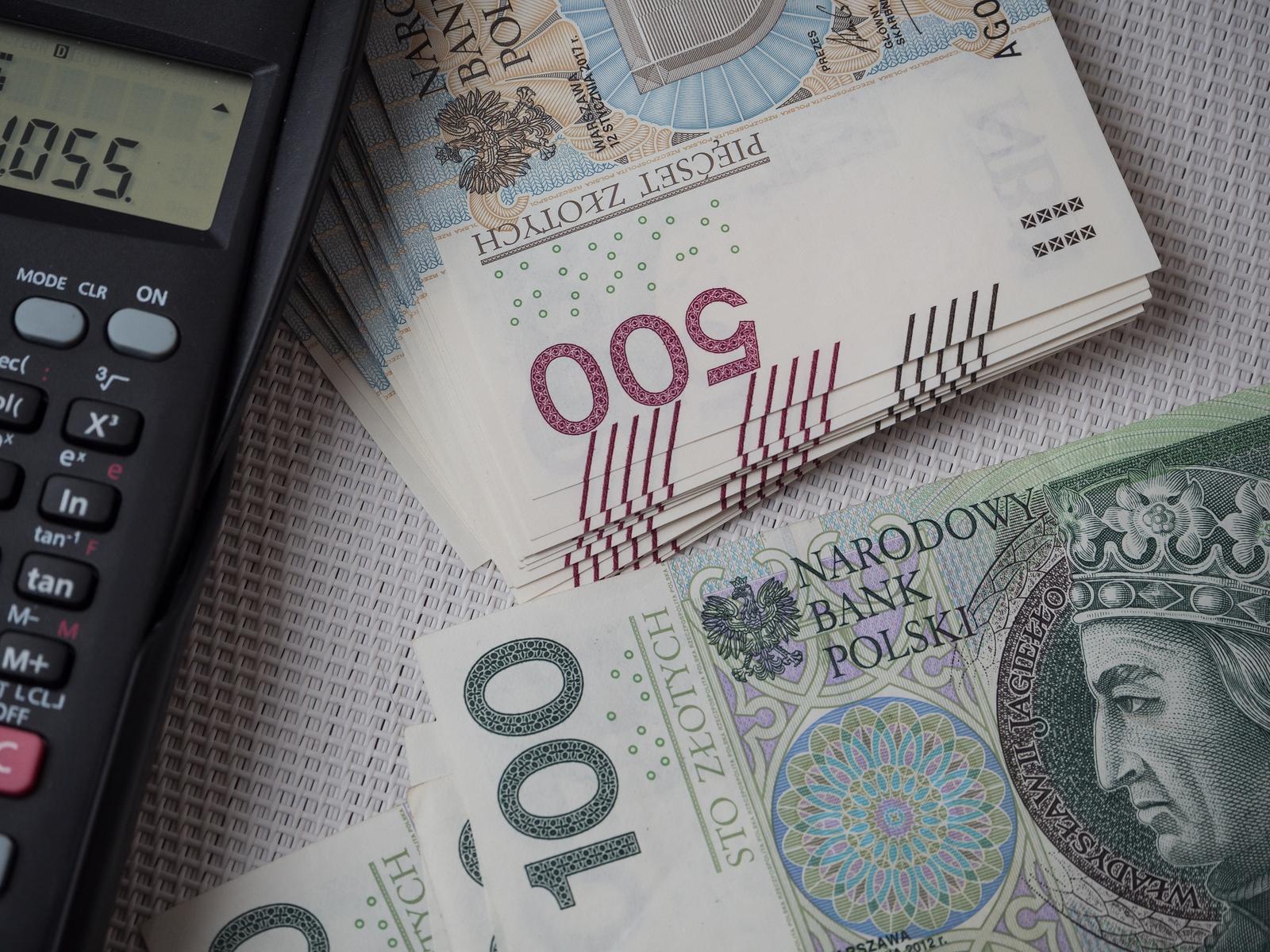 Podatek solidarnościowy do zapłaty do końca kwietnia