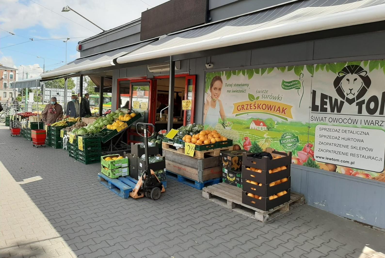 """Relacja """"Poradnika Handlowca"""" ze sklepów FMCG w Polsce (11.05)"""