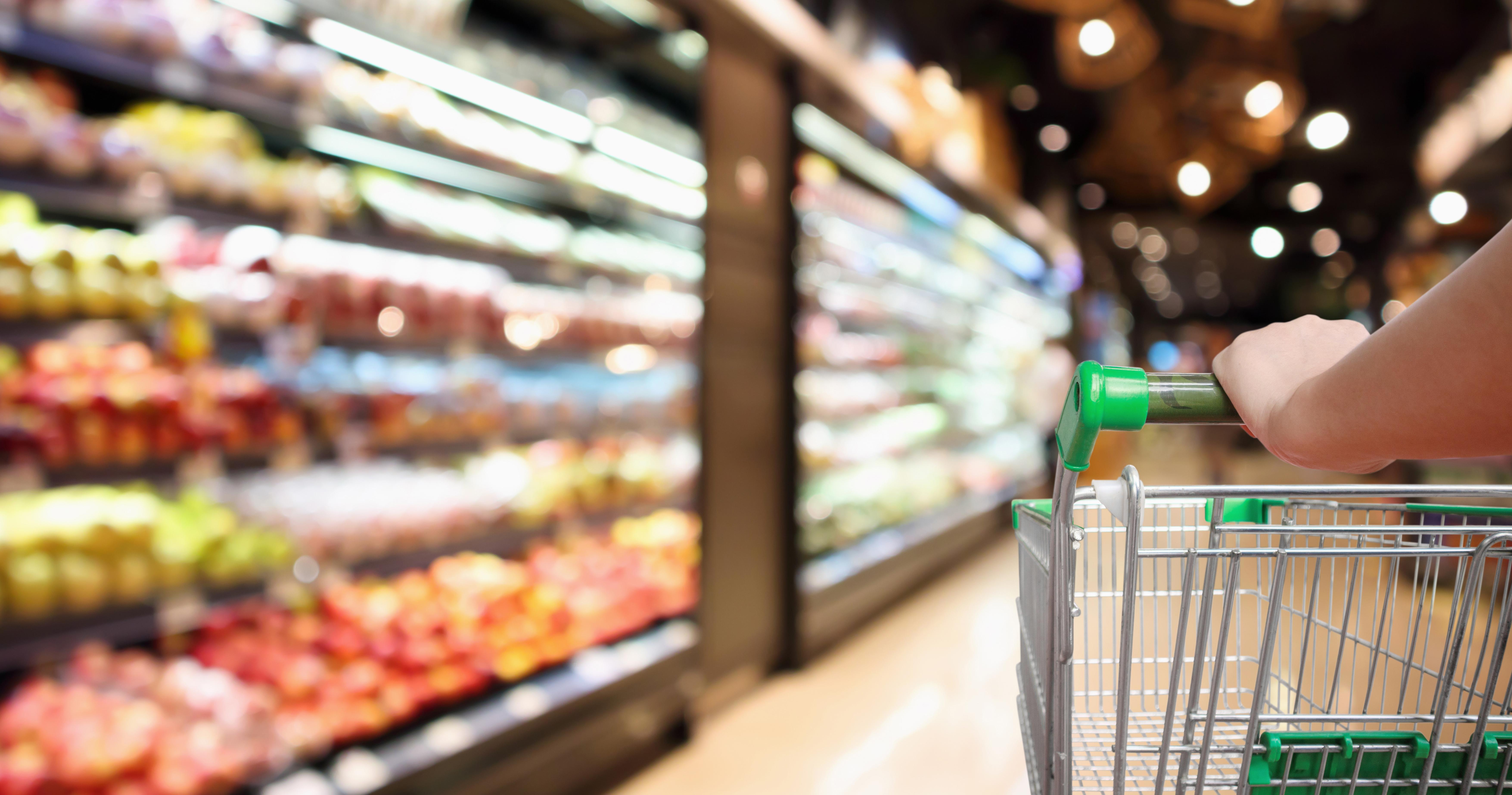 NielsenIQ: średnie sklepy zyskują na znaczeniu