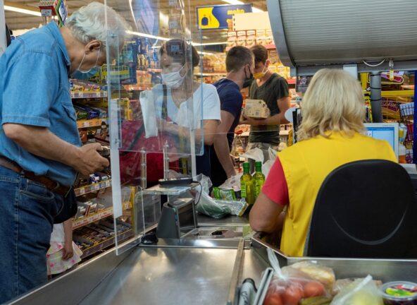 Polacy chcą więcej kas samoobsługowych w sklepach