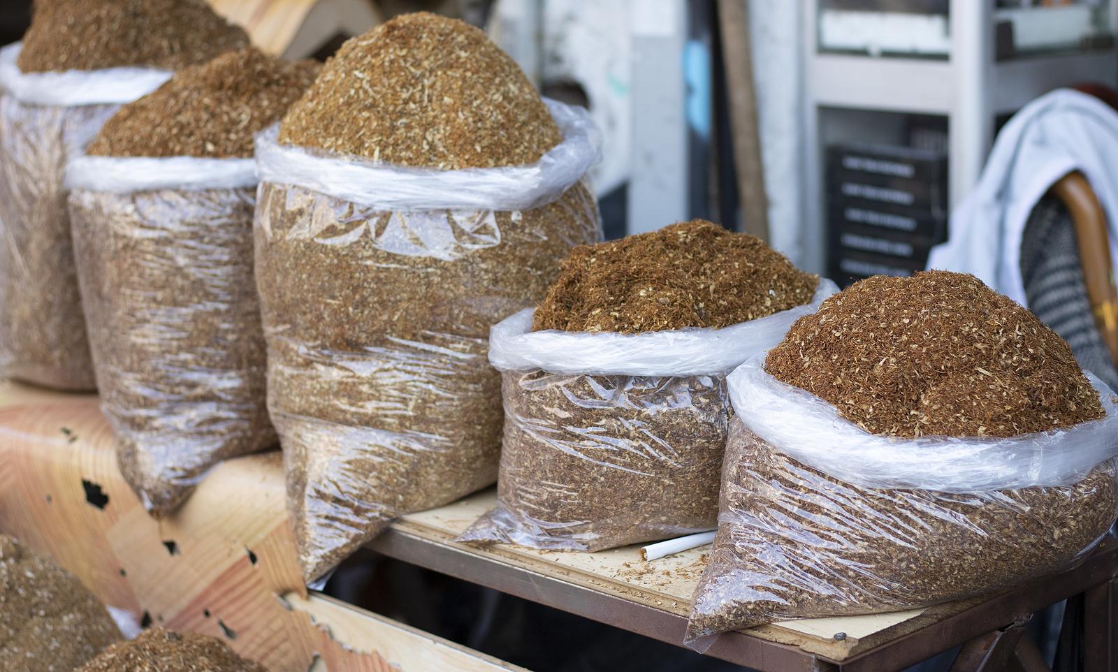 KAS, CBŚP i słowacka Służba Celna wykryły nielegalną fabrykę tytoniu