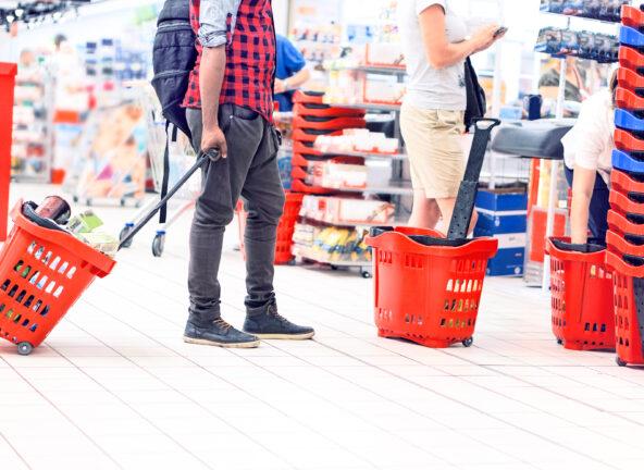 GfK: Przedwczesny triumf e-commerce? Polacy wracają do zakupów stacjonarnych