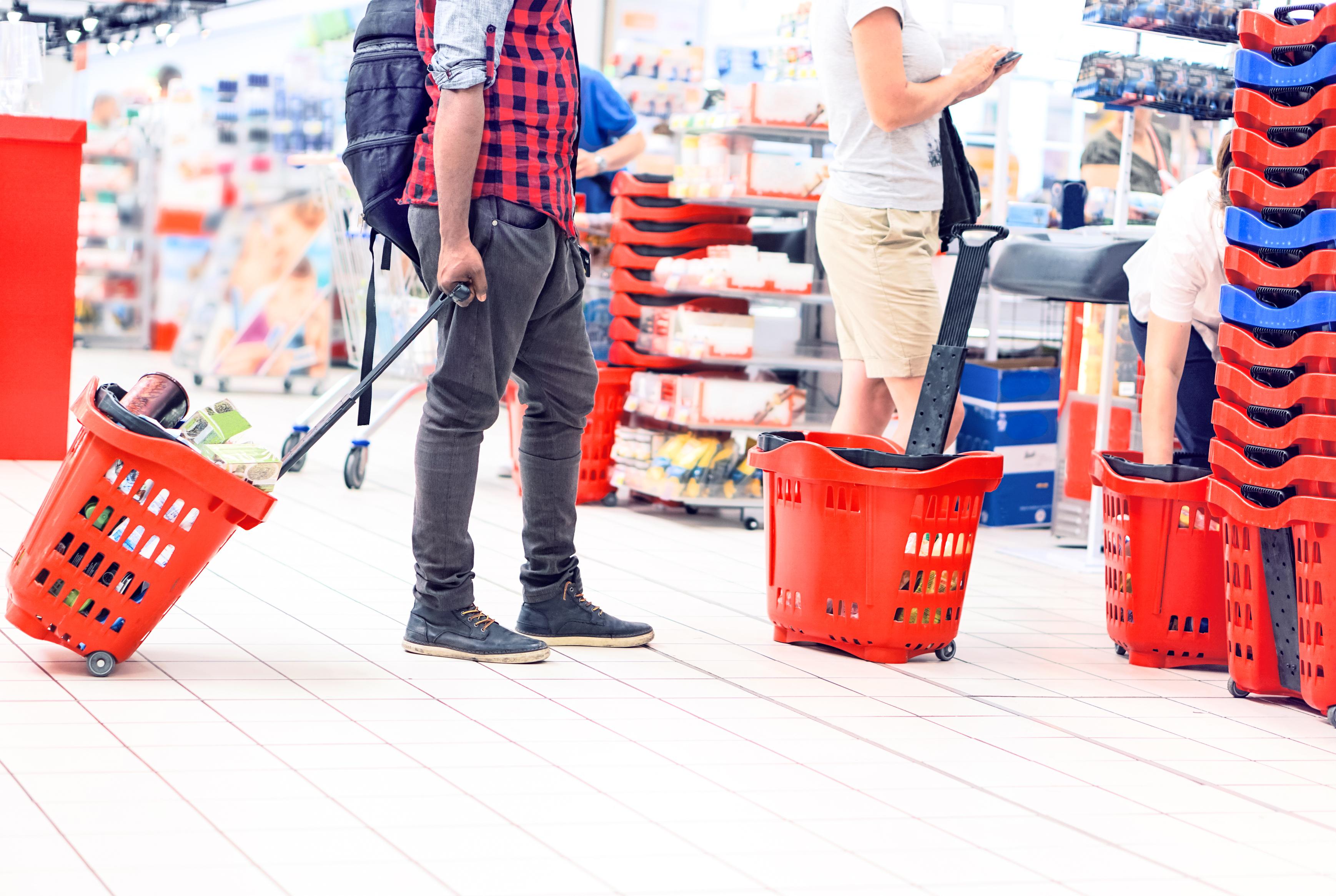 Badanie: liczba wizyt w sklepach w pierwszym kwartale 2021 r.
