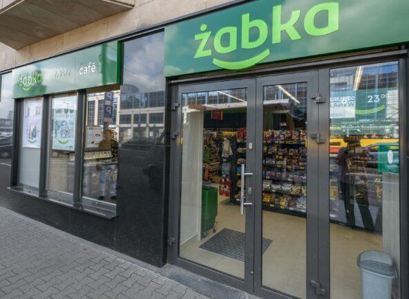 Żabka planuje otworzyć 500 sklepów do końca grudnia
