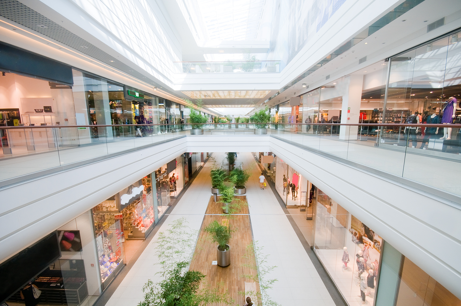 Galerie handlowe otwarte od 4 maja