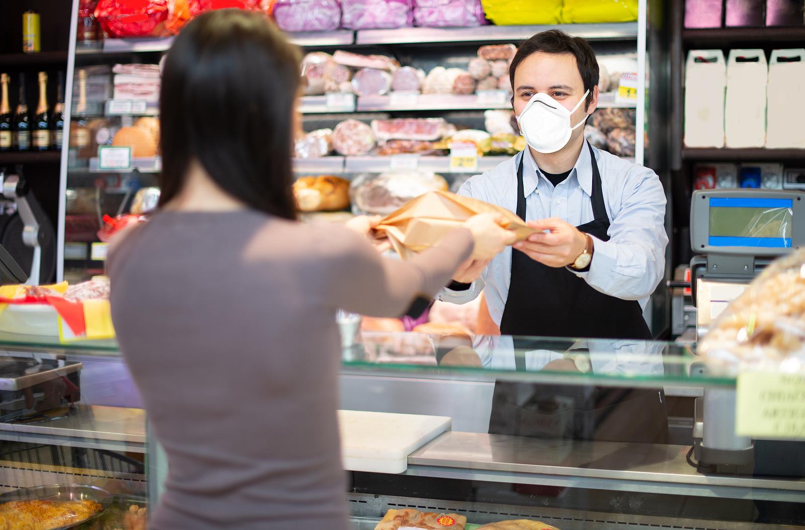CMR: Trendy sprzedaży w sklepach małoformatowych w kwietniu 2021 r.