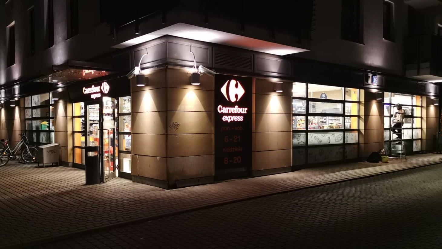 Blisko 700 sklepów convenience w sieci Carrefour Polska