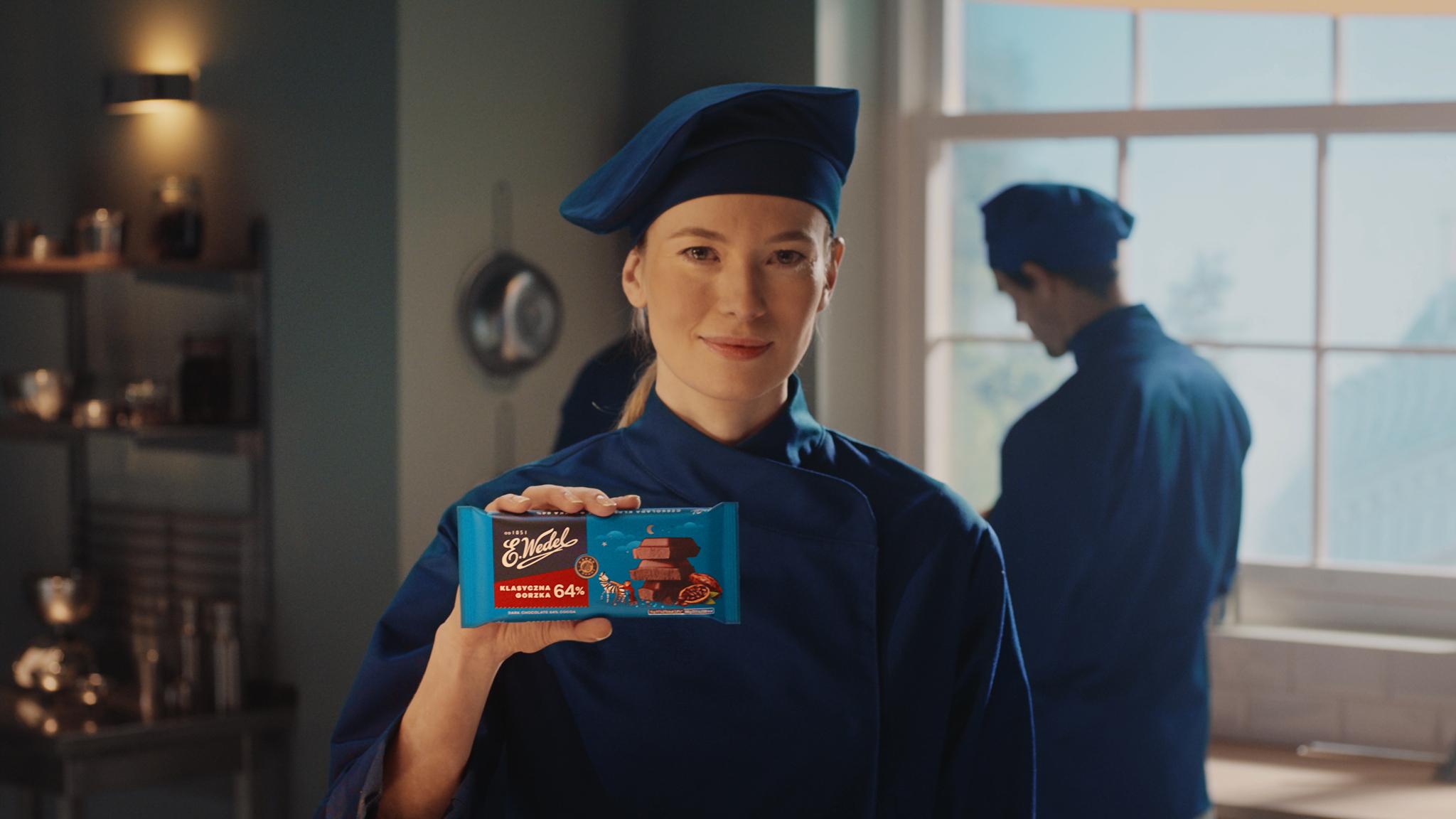 Oryginalna wedlowska czekolada gorzka w nowym spocie marki E.Wedel