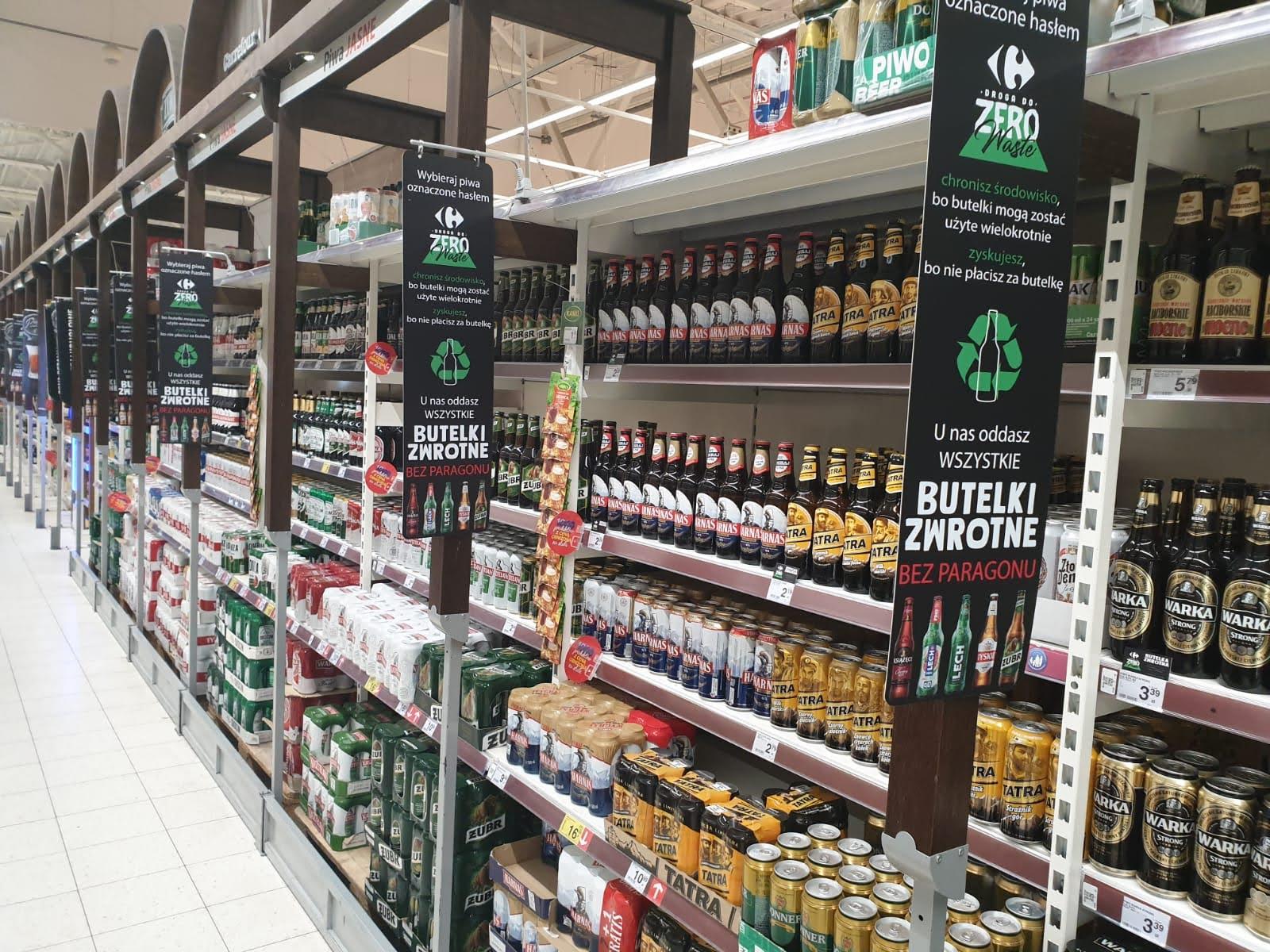 Carrefour: możliwość zwrotu butelek szklanych bez paragonu w kolejnych miastach