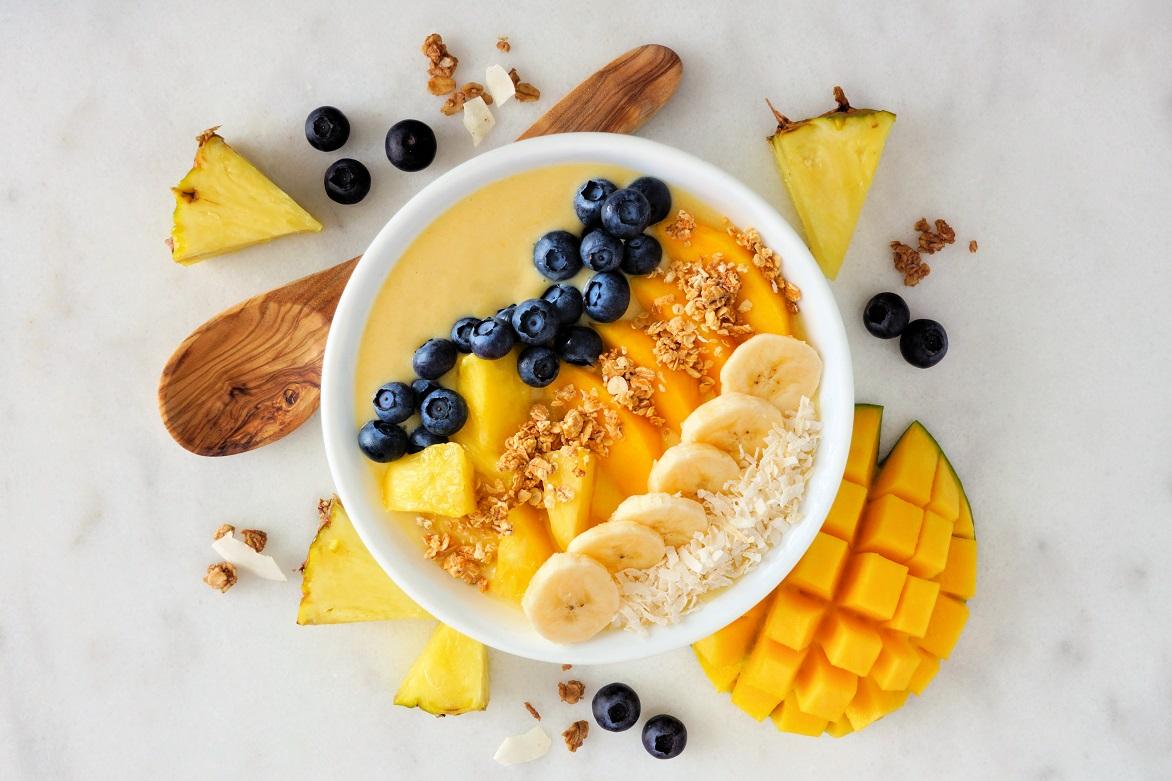To śniadanie jest hitem – czym jest smoothie bowl?