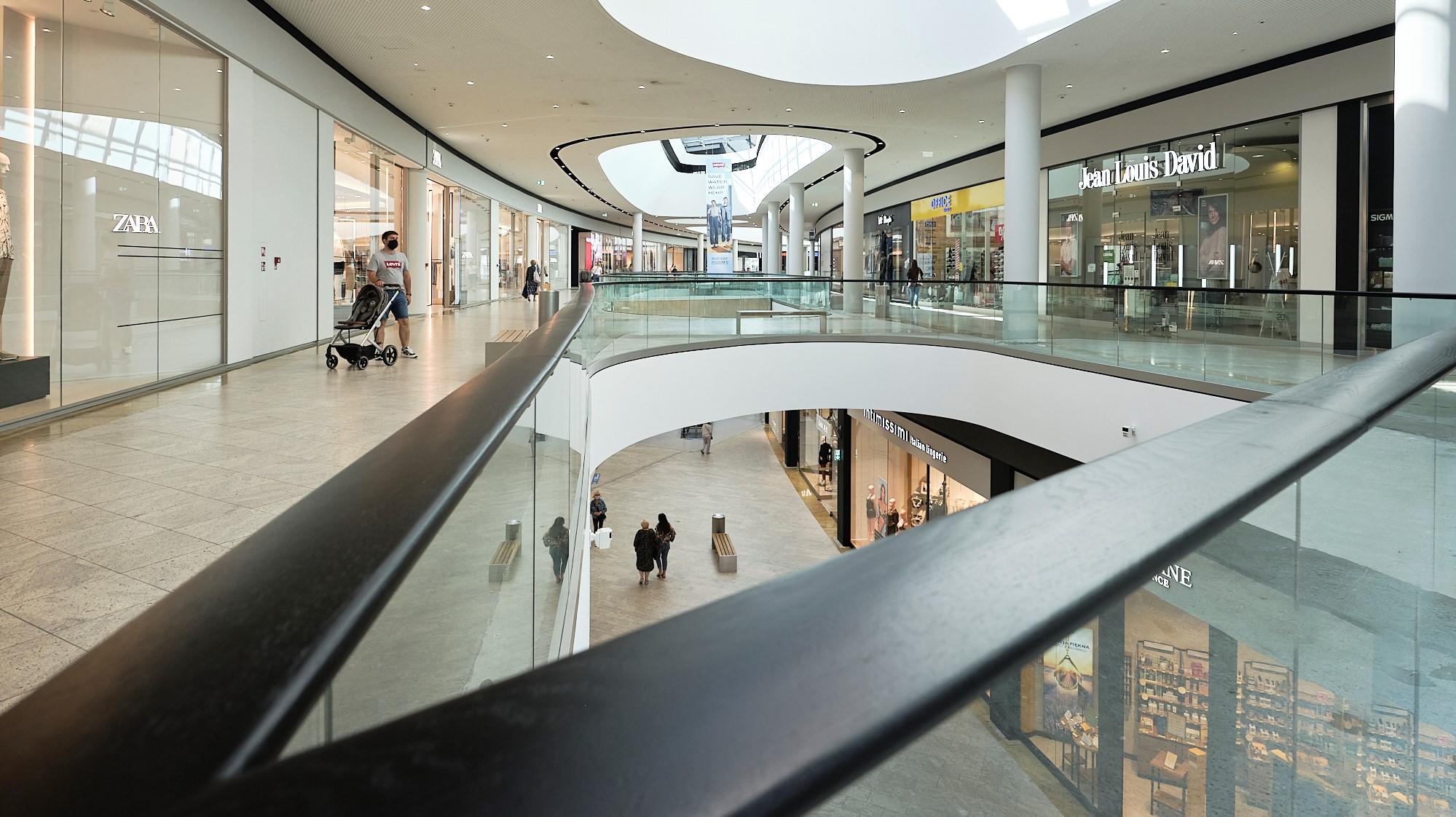 Czerwcowa odwiedzalność centrów handlowych najwyższa od początku roku