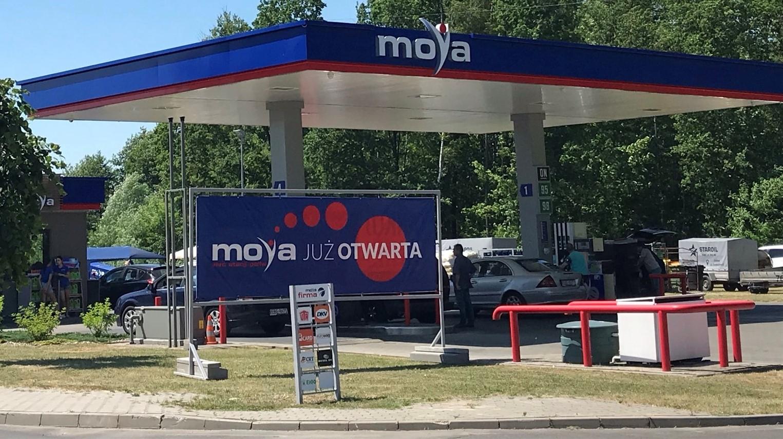 Dwie kolejne stacje franczyzowe sieci Moya