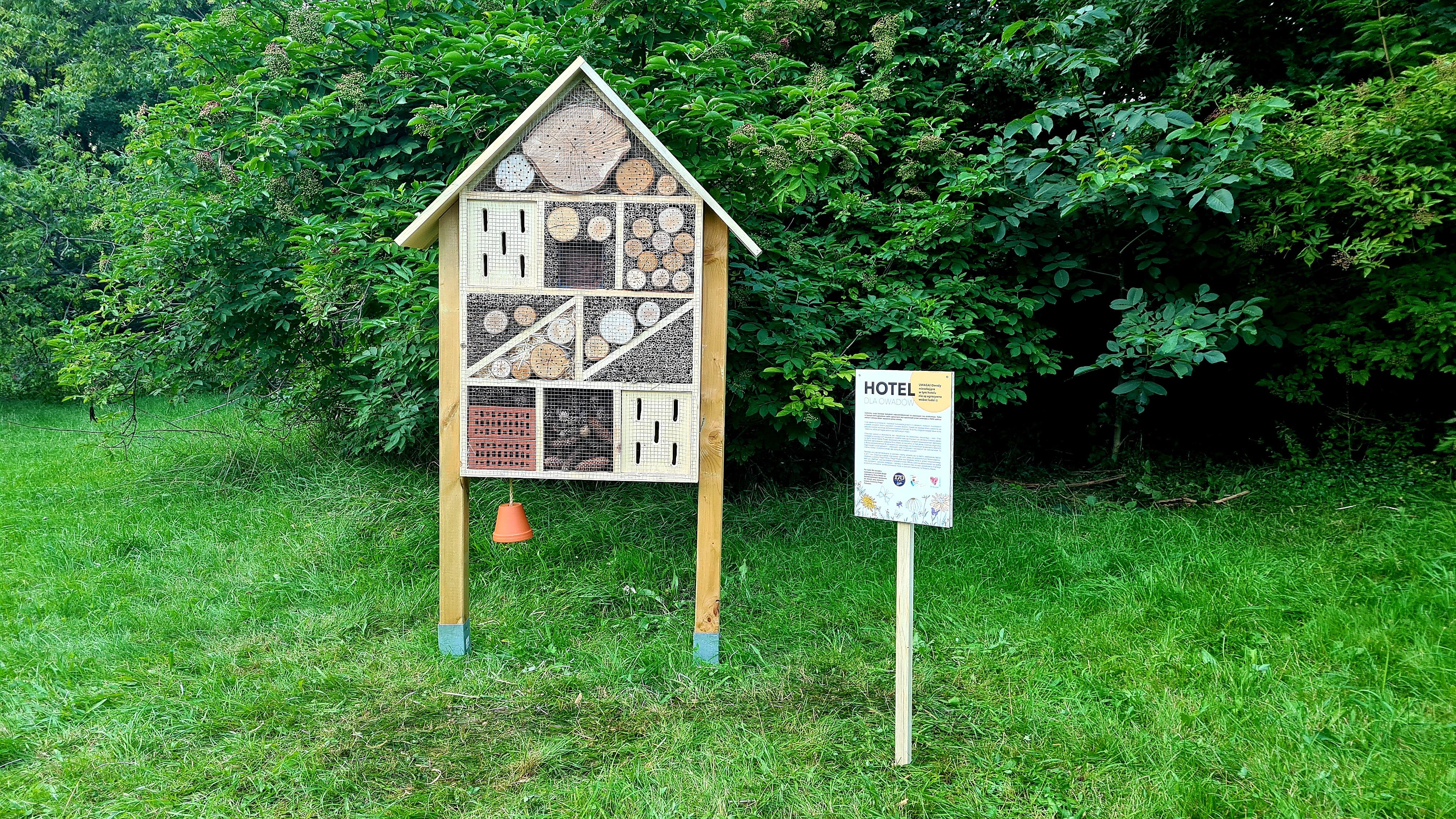 Hotele od Wedla dla pszczół i nie tylko