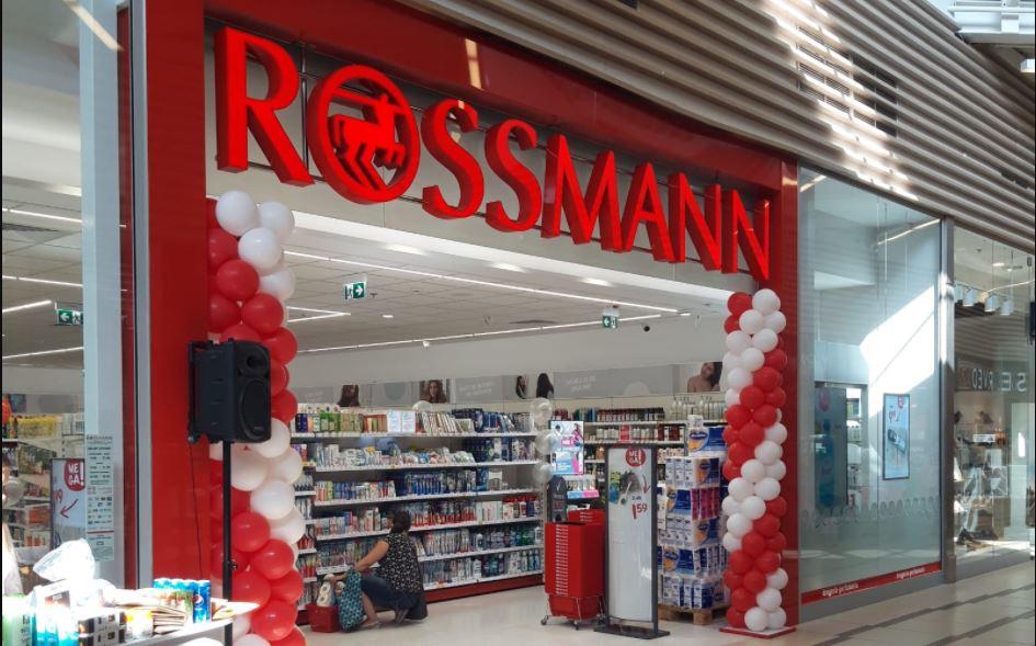 Dirk Rossmann przekaże władzę nad firmą synowi