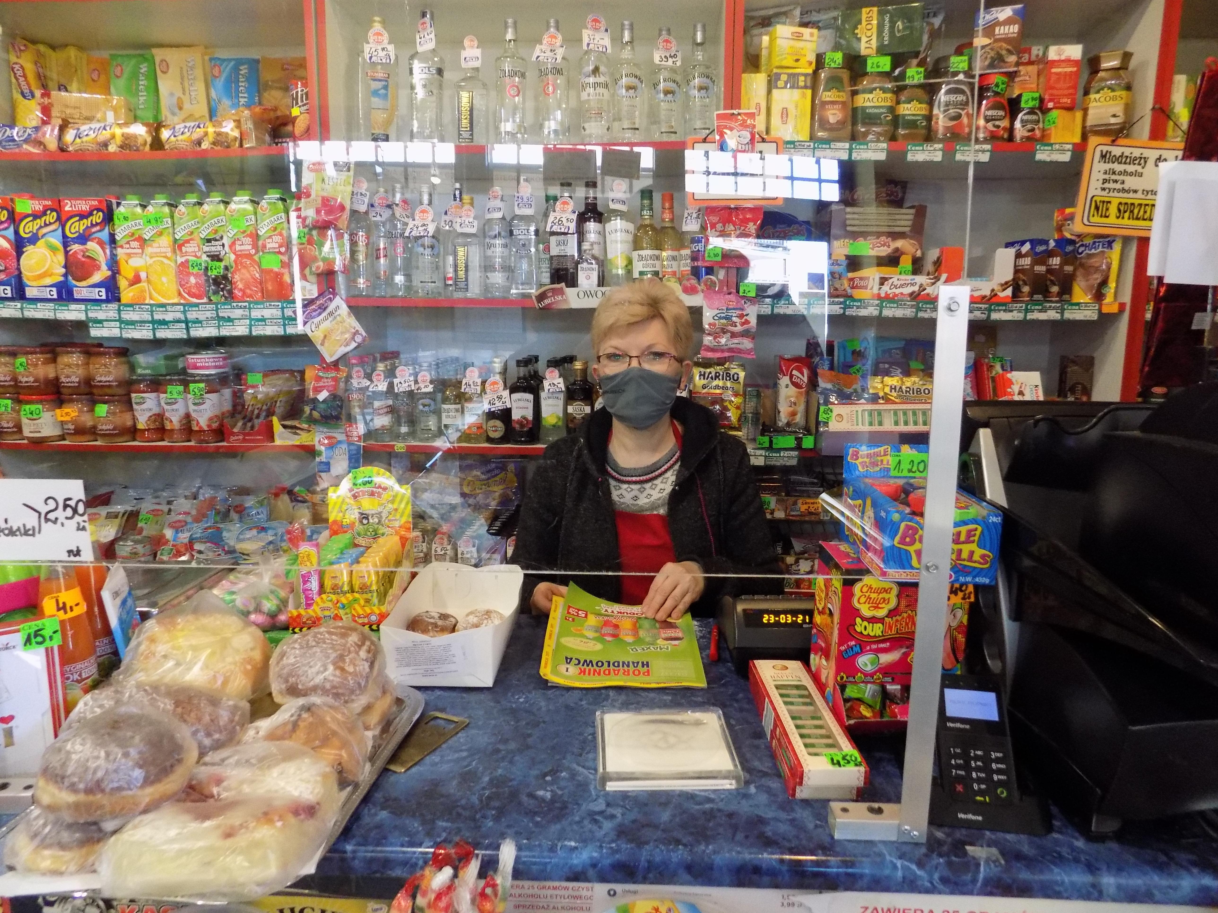 """Redakcja """"Poradnika Handlowca"""" odwiedziła niezależne sklepy we Włocławku"""